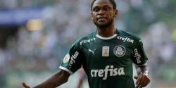 Luiz Adriano treina e pode reforçar Palmeiras contra o Grêmio; Patrick segue fora