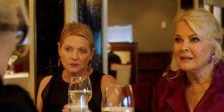 """""""Minha vida agora é bem restrita. Para alguém na casa dos 70, não é uma tragédia"""", diz Candice Bergen"""